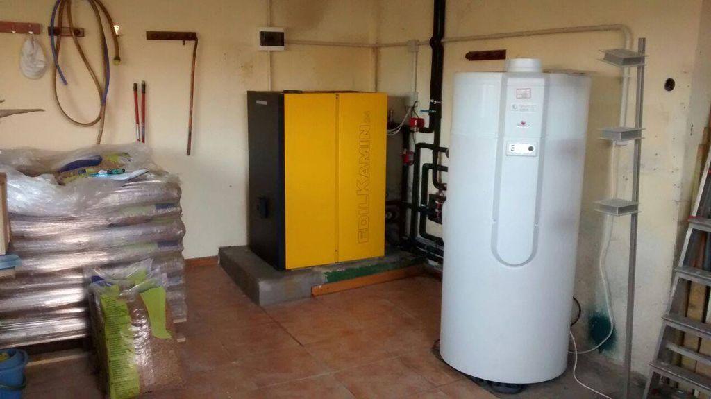 Caldera de biomasa y pellets 7 claves para elegir for Caldera de pellets para radiadores