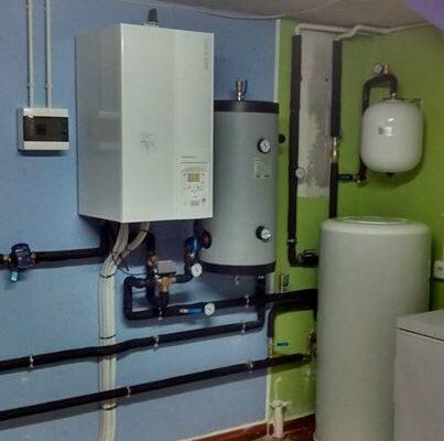 Sala ténica aerotermia para sustituir radiadores eléctricos - Ingeosolar