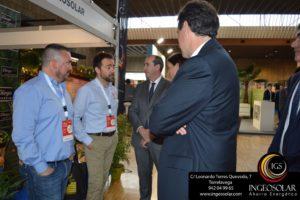 Gema Igual y autoridades visitan el Salón Inmobiliario de la Vivienda y Decoración 2019 en Cantabria con Ingeosolar